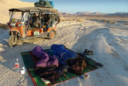 Campen auf dem Sinai, © Susanne Bemsel und Daniel Snaider