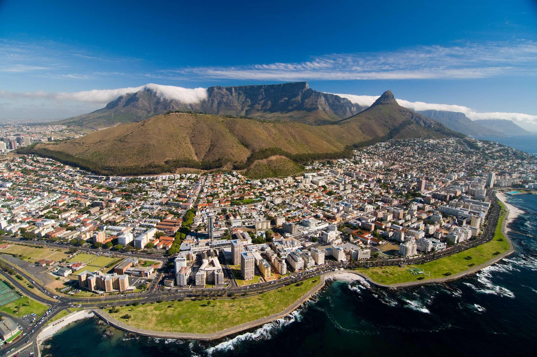 Blick auf Kapstadt von Helikopter aus, © Dirk Bleyer