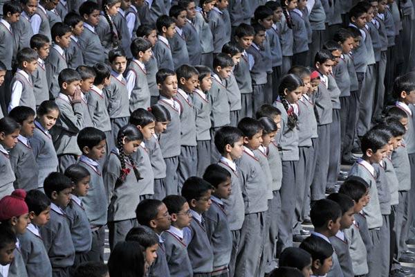 Schulkinder in Shimla, Himachal Pradesh