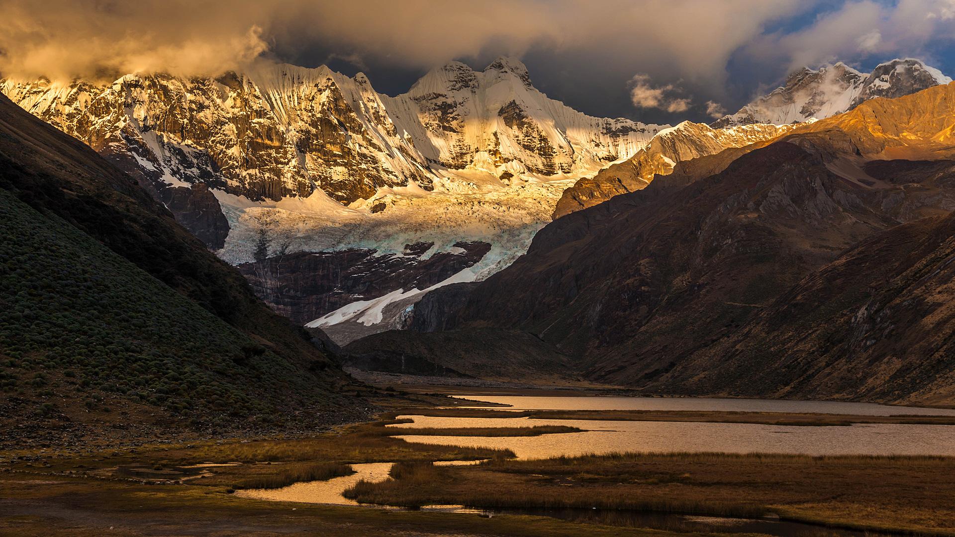 Blick auf den Lago Jahuacocha in der Cordillera Huahuash
