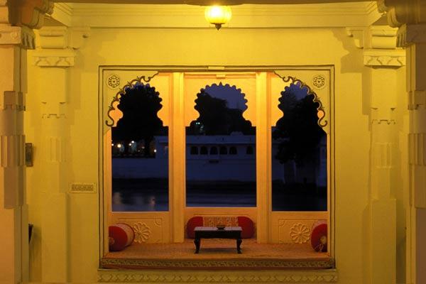 Fenster eines Palastes, Udaipur, Rajasthan
