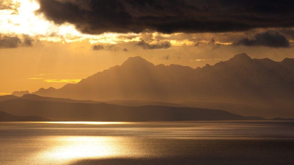 Sonnenaufgang über dem Titicacasee