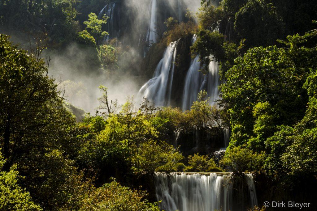 Saifon Wasserfall nahe Umpang