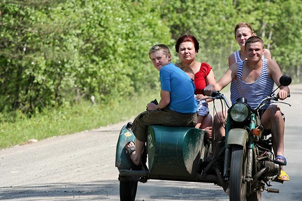 Transsib_russisches Familienauto